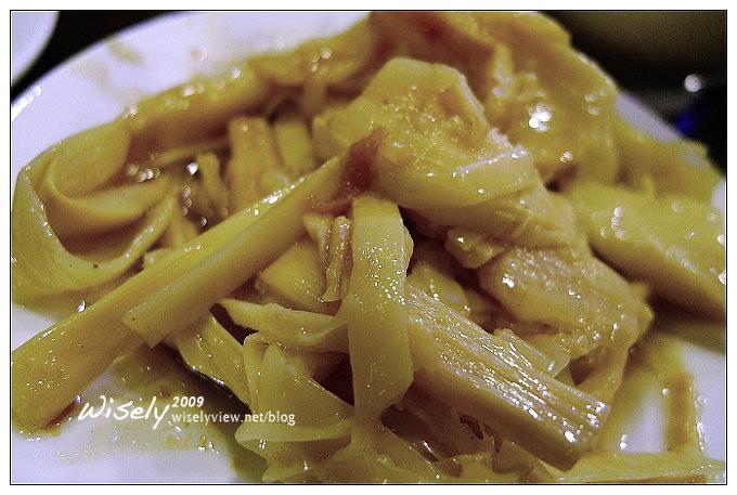 【食記】台北.四平街陽光商圈:富霸王豬腳極品餐廳 (腿扣/腿節/腿蹄)