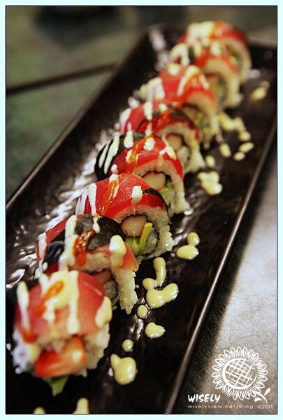 【食記】新北永和.源創意壽司屋(加州創意壽司):酪梨壽司
