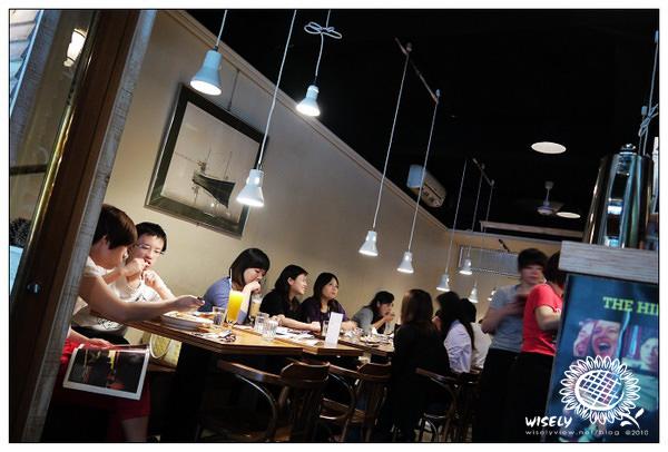 【食記】台北.(再訪)徐州路.貓下去:薯條牛排、嫩煎魚排