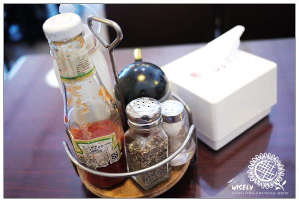 【食記】台北.景美夜市:Jim's Burger早餐 (提供WiFi網路)
