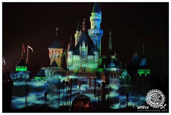 【旅遊】2010中國.香港:迪士尼樂園.萬聖節(百鬼夜行、魔咒焚城) Day2-2