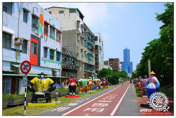 【旅行】2010台灣.高雄:蓮池潭龍虎塔、駁二藝術特區
