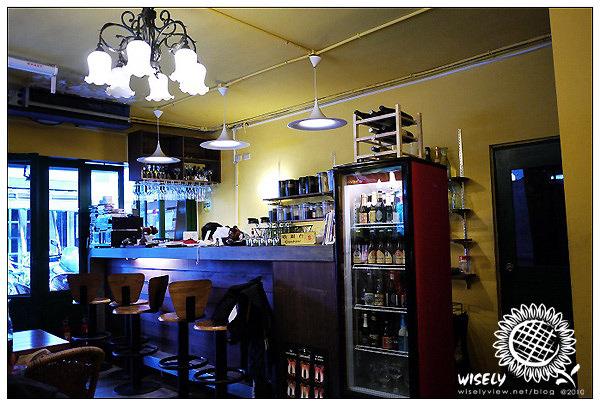 【食記】台北.公館商圈:波黑美亞咖啡食堂 (現今改名為Rebirth Cafe)