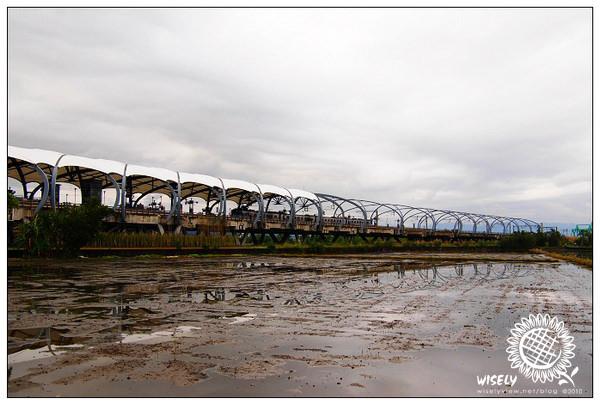 【旅遊】宜蘭景點.冬山鄉:冬山火車站 (瓜棚式月台) 2010