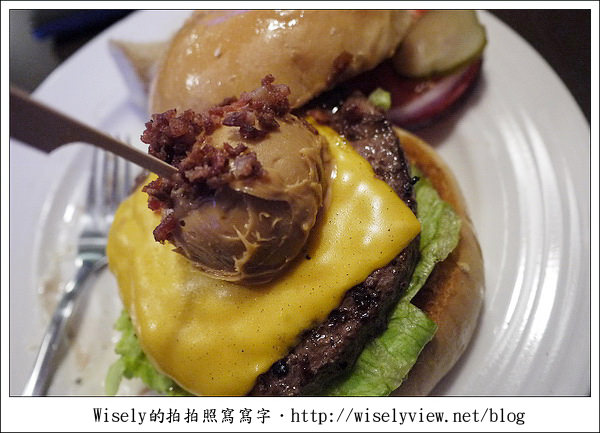 【食記】台北.公館商圈:BRAVO BURGER 發福廚房/花生醬牛肉漢堡  (提供WiFi網路)