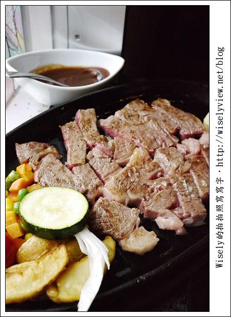 【旅行】2011(日本)沖繩-04:石垣島-公設市場、和牛牛排/燒肉&台灣人常買藥妝品清單《琉球必吃美食推薦》