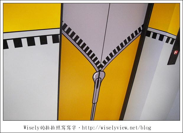 【住宿】高雄市‧新興區:艾卡設計旅店~近新堀江購物街,捷運美麗島站/光之穹頂隨拍