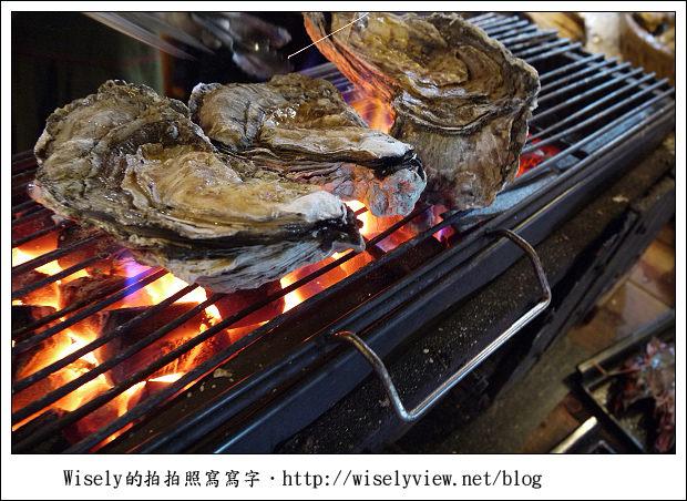 【食記】花蓮.自強夜市:殼燒蝦、老夫子牛排都好吃,來此一定要掃攤的啦!