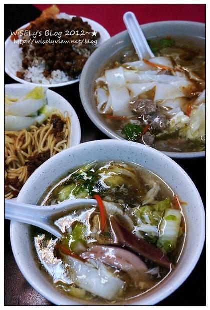 【食記】台北市.文山區:興隆路三段54號油飯、肉羹~攤位小小但是份量多,近捷運萬芳醫院站