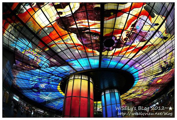 【隨拍】Panasonic Lumix GF3:高雄美麗島捷運站(光之穹頂),恭喜獲選旅遊網站《BootsnAll》世界第二美捷運站,真的讓人覺得好開心