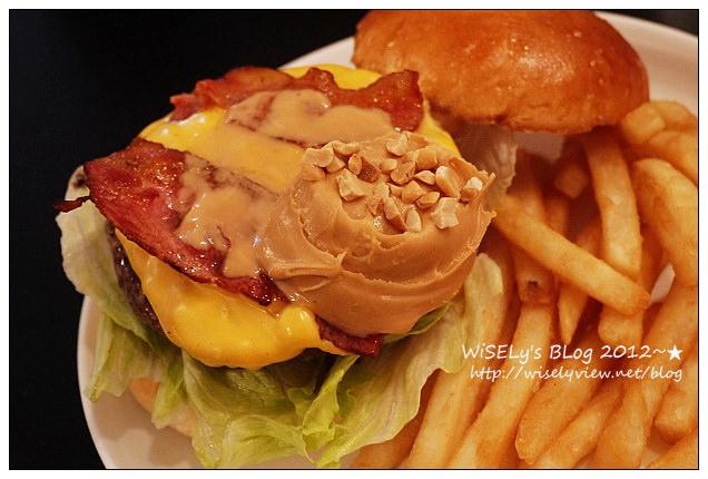 【食記】台北信義。捷運市政府站:澳森漢堡/AWESOME BURGER@隱藏在小巷弄裡的美味