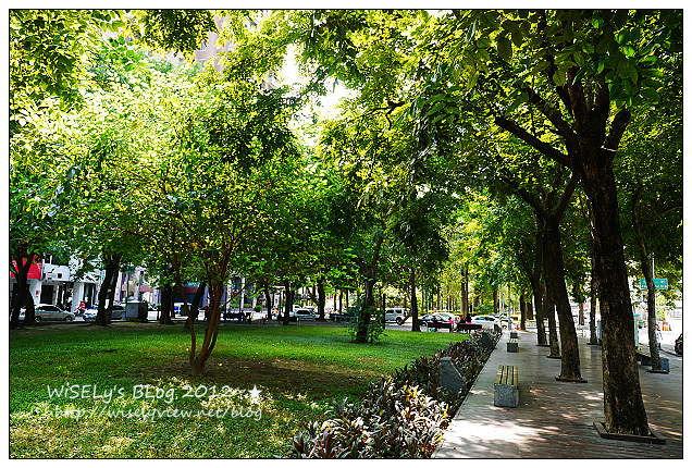 【景點】台中市.西區:美術園道@適合悠閒散步的特色街道,以及鄰邊特色店家隨拍