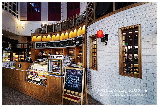 【食記】台北市.內湖區:美福食集試菜@熟成21牛肉麵、一樓特價超市及美國乾式熟成股神牛排