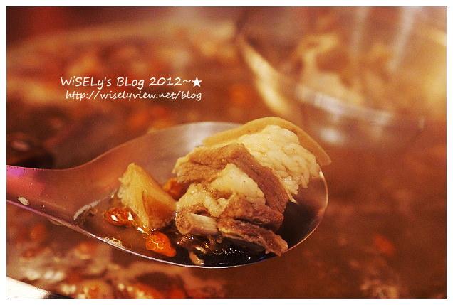 【食記】新北市.板橋區:糊塗羊肉爐@在地人推的好料老店,價格略微高但份量多