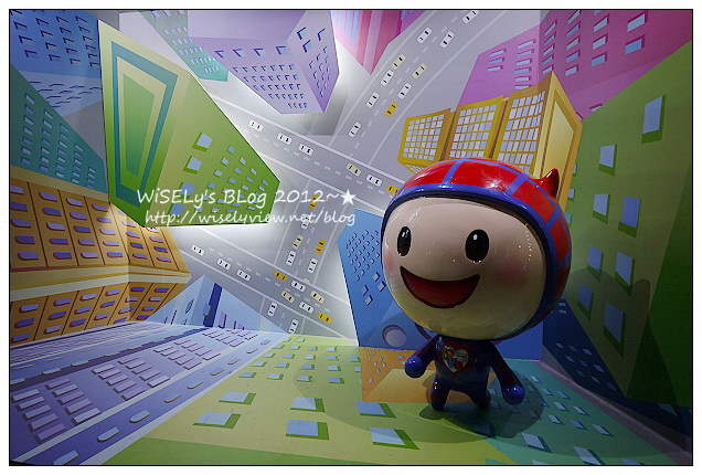 【攝影】台北信義。捷運市政府站:LUMIX GF1@2012臺北聖誕城 & 周邊光雕大樓隨拍