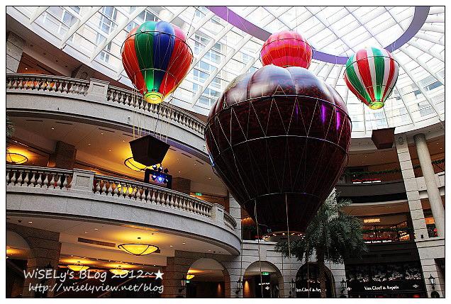 【分享】台北信義。捷運市政府站:BELLAVITA-貴婦百貨熱氣球&信義誠品B2-貳樓餐廳蛋糕店不乖馬卡龍