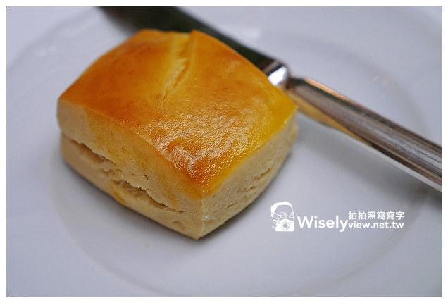 【食記】台北市.松山區:西華飯店(Toscana)@美莓派對下午茶~草莓馬卡龍與現做法式薄餅很美味