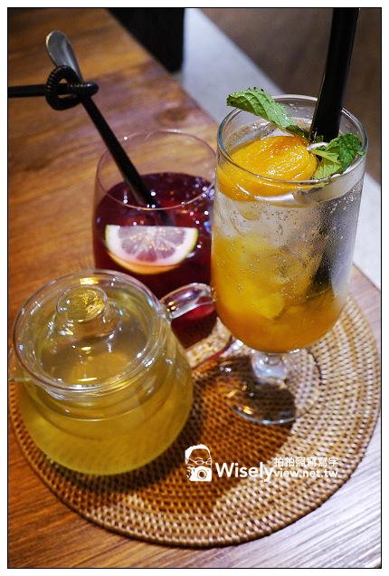 【食記】台北市。大安區:杏桃鬆餅屋UANA OMOM@療癒風的甜點店,大推蘇芙蕾厚鬆餅