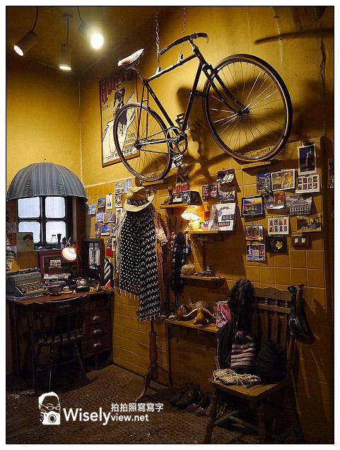 【小D遊記】高雄。苓雅區:光榮碼頭-黃色小鴨、玫瑰聖母教堂&蒙太奇咖啡館(一日遊行程)