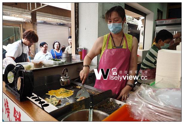 【食記】2014澎湖。馬公市:文康商圈早餐街@二信飯糰、鐘記燒餅、北新橋牛雜湯&香亭土魠魚羹