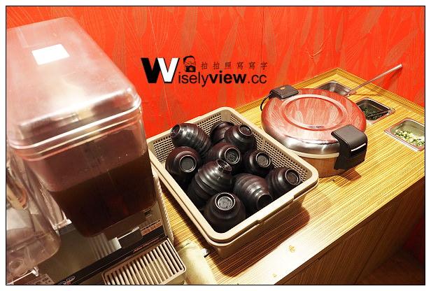 【食記】新北市。中和區:宜安路小吃美食@赤提燈~丼蓋飯定食專賣