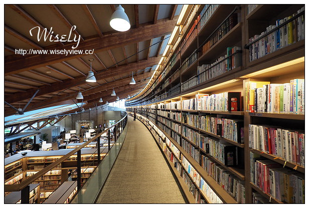 【旅行】日本。佐賀縣:武雄市景點@武雄市圖書館~與蔦屋書店合作,人文藝術閱讀空間