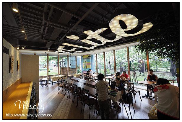【食記】台北市。內湖區:2F Lite貳拂咖啡@美式複合特色餐廳,捷運西湖站美食(改名貳樓西湖店)