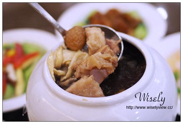 【食記】台北市。大同區:海霸王甲天下@988元古色古香餐,六道美味超值好料理