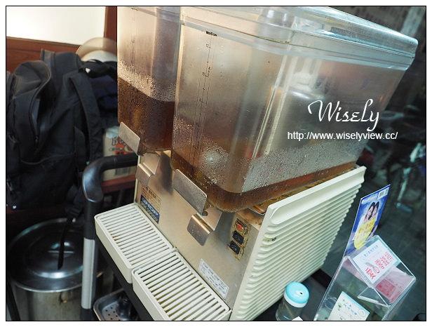 【食記】台北市。中正區:郝家食堂@寧波西街裡的蒜味燒雞和排骨飯,捷運中正紀念堂站美食