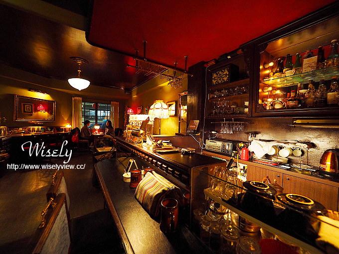 【食記】台北大安。捷運古亭站:秘氏咖啡(珈琲)@懷舊上海風理髮院的藝文咖啡店