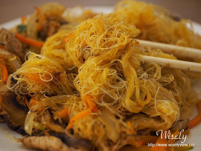 【食記】台北士林。捷運芝山站:金蓬萊遵古台菜@佛跳牆、排骨酥、炸芋條&烏魚子炒飯