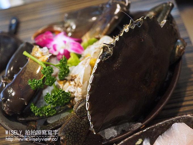 【食記】台北松山。捷運松山機場站:十二籃粥火鍋(敦化店)@秋冬暖胃的螃蟹火鍋