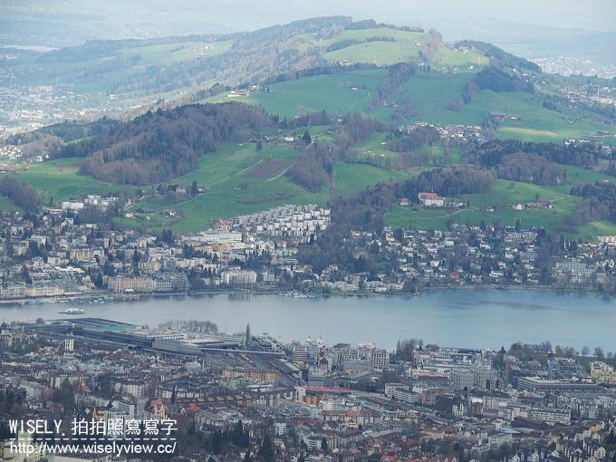 【旅行】歐洲。瑞士:五大名峰十日遊-06:冰河列車體驗、皮拉圖斯峰、琉森獅子紀念碑、盧塞恩施威霍夫酒店、琉森車站與河畔夜景