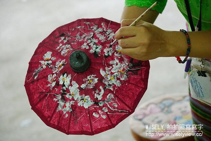 【旅行】2016泰國清邁清萊六日遊-04:龍坤藝術廟(白廟/靈光寺)、Meena Rice Based Cuisine(午餐)、博上手工雨傘製作體驗、大象彩繪工坊、清邁斯麗帕娜別墅度假村(下榻)、Khum Khantoke康托克帝王餐