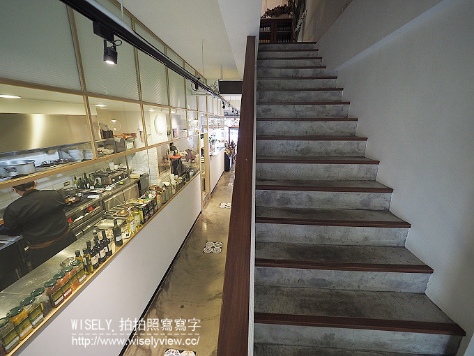 【食記】台北大同。捷運大橋頭站:牧山丘 MU Hills@老宅再造空間與綠意玻璃屋,餐點普通