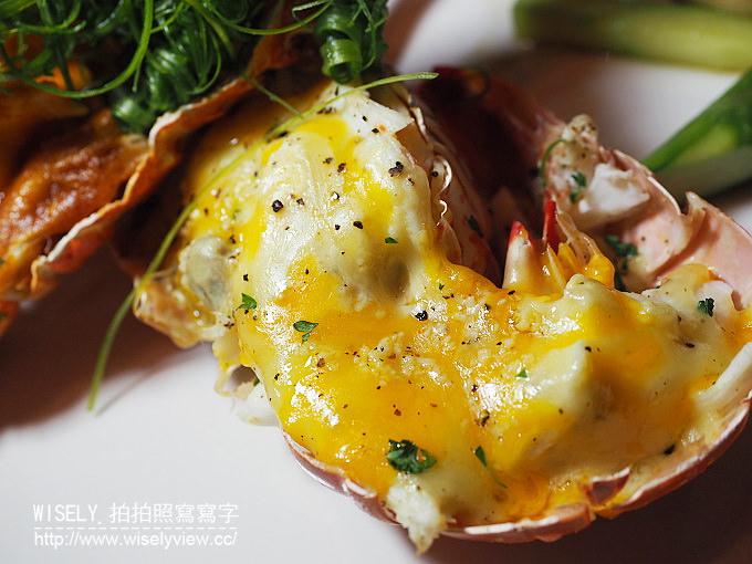 【食記】王品金馬盛宴@西門町。河岸留言:焰烤濕式肋眼牛排、王品牛小排、加勒比海龍蝦