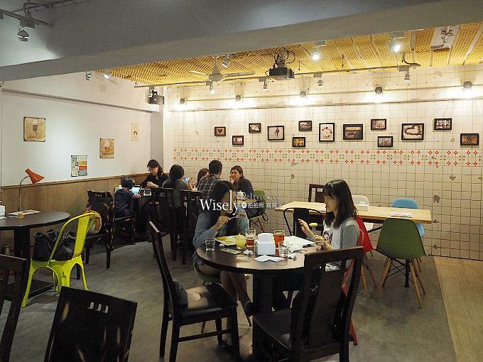 《台北中山。捷運中山國中站》初米咖啡@錦州街上網輕食餐廳,主打龍貓造型等卡通蛋糕