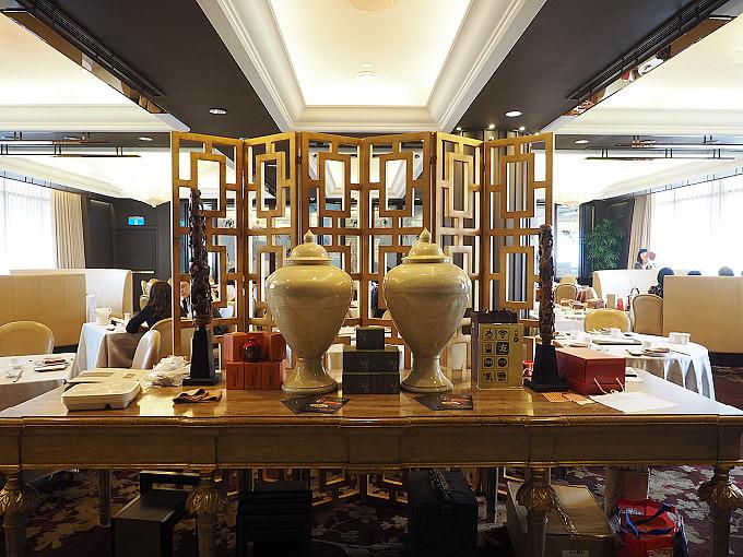 《台北中山。捷運雙連站美食》台北國賓飯店@「2湯1醬」冷凍包販售~川味牛肉麵 + 川味牛三寶,限定北京菜品嚐