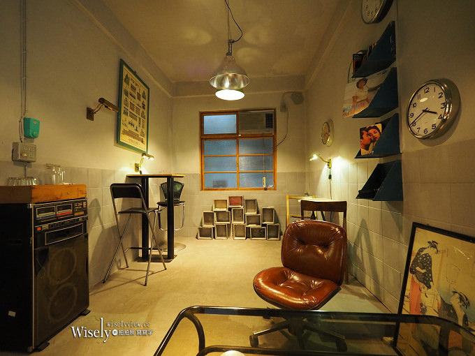 《台中景點。西區》忠信市場:鄰近美術館的藝文懷舊空間,文青攝影咖啡愛好者必訪