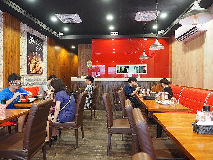 《新北新店。捷運大坪林站》三野達人:大豐路美式餐廳,主打美式漢堡、美福牛排