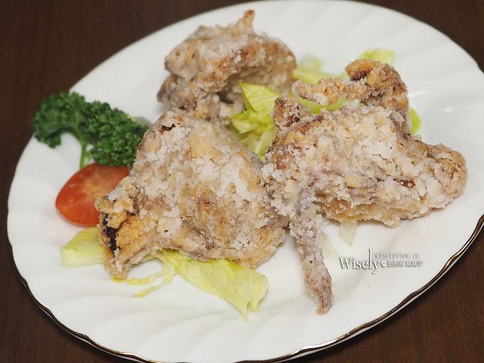 《鹿兒島美食。鹿児島ラーメン みよし家》運用在地豚肉與油蔥食材拉麵,近鹿兒島機場