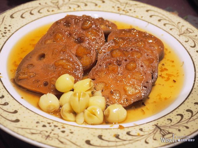 《台北中正。捷運台北車站》凱撒大飯店/王朝餐廳:上湯砂鍋鰱魚頭&甘鍋羊肉煲