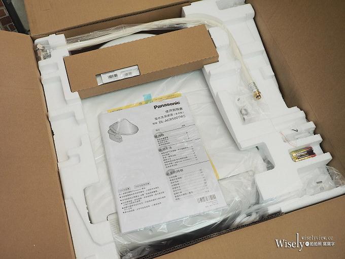 《Panasonic。泡沫潔淨便座》預防髒污雙效泡沫潔淨,具備不鏽鋼噴嘴頭與恆溫除臭功能