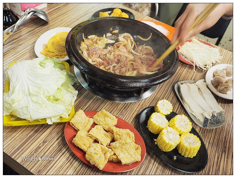 台北萬華。雅香石頭火鍋-西門總店︱在地40年超高CP值的美味正餐宵夜