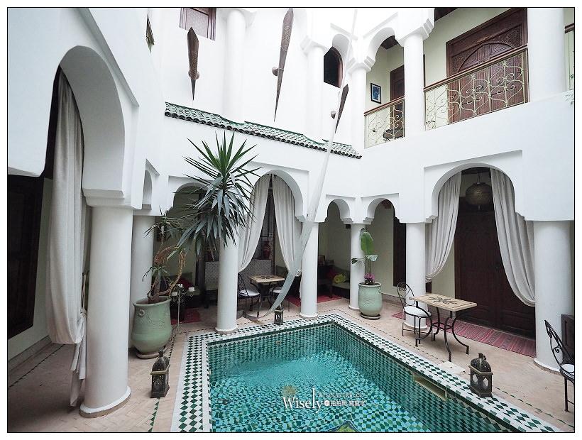 《摩洛哥》馬拉喀什Marrakesh:傳統庭院住宅、羊上樹、摩洛哥油、老城區市集