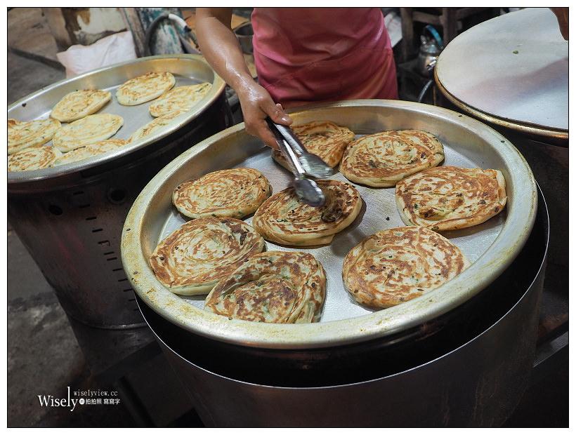 《新北永和。民享街黃昏市場》永安蔥油餅:大推韮菜盒、豬肉饀餅&蘿蔔絲餅