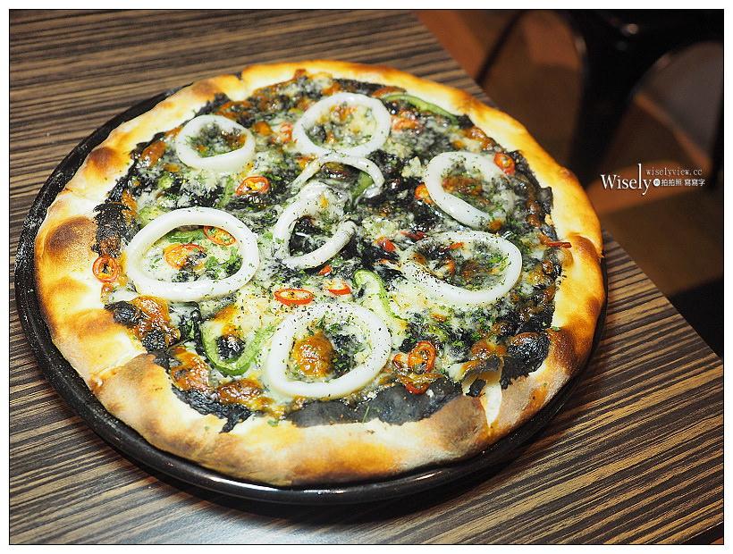 中和。Cliff's Pizza 義式薄皮披薩專賣店︱近捷運永安市場站,四號公園美食~現做輕食可外帶,價格略高但味道還不錯的克里夫比薩