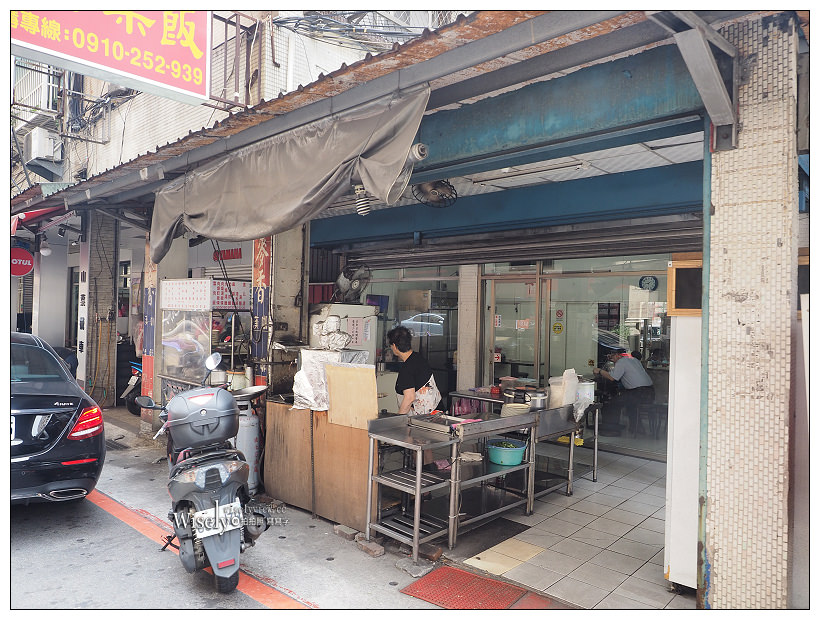 新店安坑。正宗上海排骨菜飯︱排骨不油膩菜飯清爽可口,鄰近陽光橋運動公園