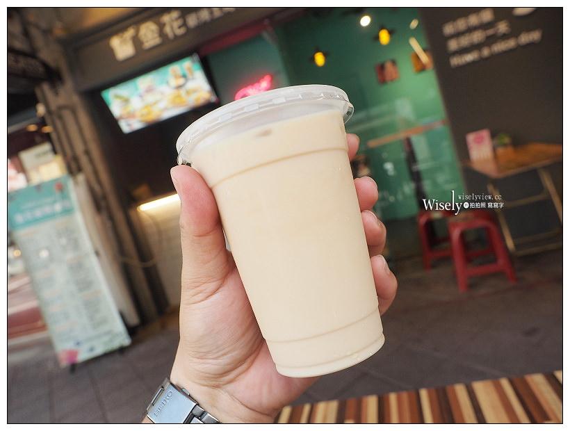 台北萬華。金花碳烤吐司專賣︱西門町紅樓早午餐,限量土石流起司給我壁咚