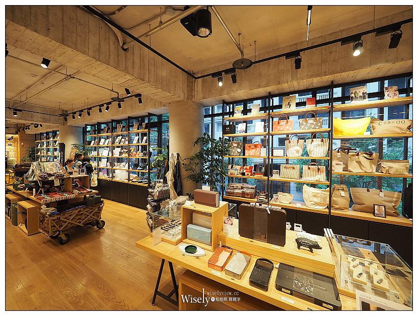 蔦屋書店台中市政店。Tsutaya Books︱300坪空間,全球最美20書店之一